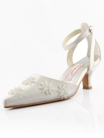 Elegantpark Ivory Closed Toe Chunky Heel Satin Shoes