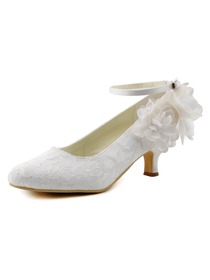 Women Mid Heel White Ivory Closed Toes Flowers Ankle Strap Pumps Bridal Lace Wedding Shoes